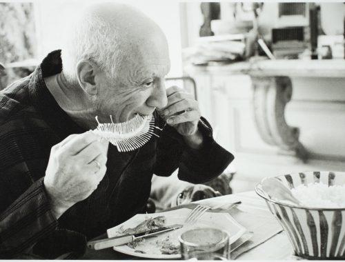Still Life with Cherries 1943 Centre Pompidou, Paris (in deposit at the Musée d'Art moderne et contemporain de Saint Étienne Métropole) Photography: Centre Pompidou, MNAM-CCI, Dist. RMN-Grand Palais / Jacques Faujour AM 2732 P © Succession Pablo Picasso, VEGAP, Madrid 2018